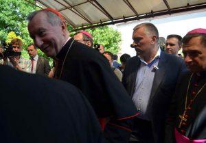"""Як відбувається історичний візит """"прем'єр-міністра"""" Ватикану до Запоріжжя - фото 2"""