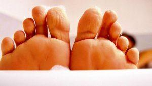 Зморшки на пальцях ніг