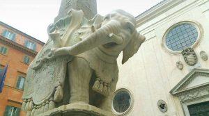 Risultati immagini per ELEFANTE DANNEGGIATO ROMA